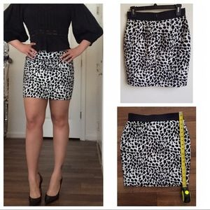 Ann Taylor Cheetah Print Jacquard Pencil Skirt 2P